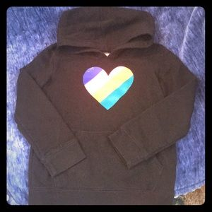 Girls Cat & Jack Black sweatshirt with Heart Sz7/8
